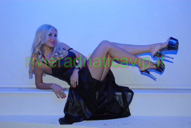 Evita Pozzi Nude Photos 65